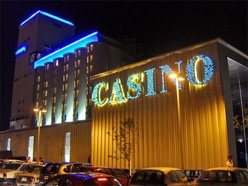 El Casino Santa Fe despide a 22 trabajadores y cierra un restaurante