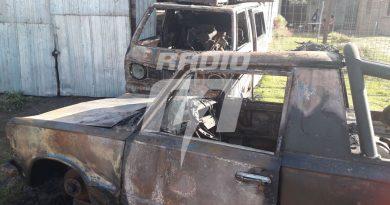 """Los """"quemacoches"""" incendiaron dos camionetas"""