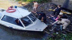 Dos prefectos salvaron a una mujer de morir ahogada