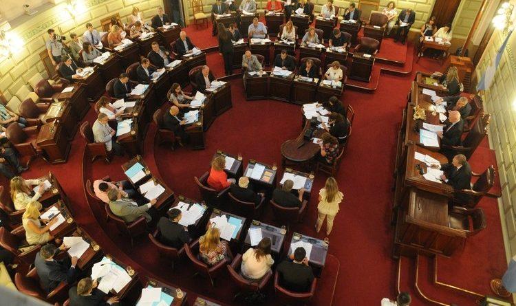 Los gremios reclaman que Diputados no adhiera a la Ley de ART