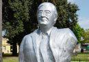 La idea de retirar el busto de Kirchner disparó chicanas entre concejales