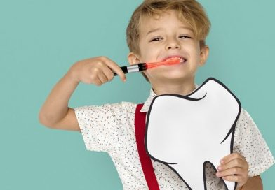 ¡Cuidado! Tu pasta de dientes puede estar dañando la boca de tus hijos