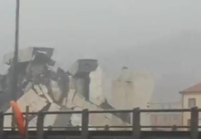 Se derrumbó puente en Italia y se cree que autos cayeron al vacío (video)