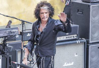Joe Perry, guitarrista de Aerosmith, fue internado de urgencia tras un concierto en Nueva York