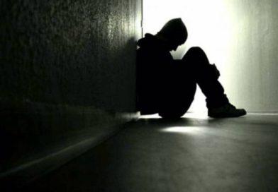 Cómo es la silenciosa y difícil tarea de prevenir suicidios