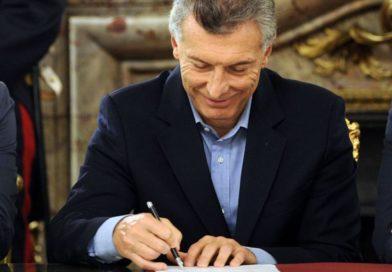 Bono de $5000: Macri firmó el decreto y flexibiliza las condiciones para pagarlo
