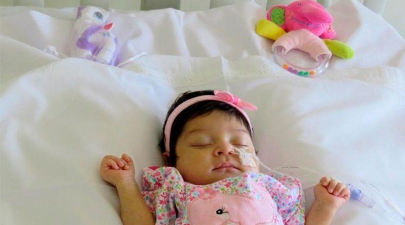 Aluminé bebe transplante