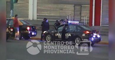 Video: un hombre fue detenido por amenazar e intentar asaltar a un taxista