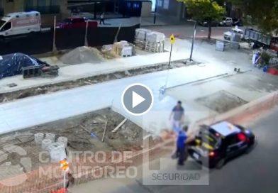 Video: un taxista quedó filmado mientras robaba bolsas de cemento en Av. Freyre