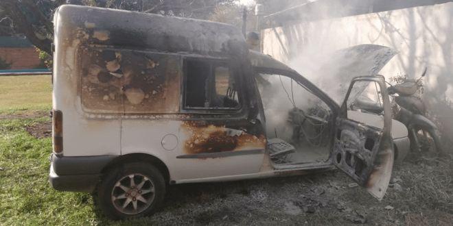 Relato salvaje: santafesino incendió su camioneta en el corralón municipal