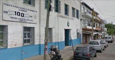 Adolescentes apuñalaron a una chica dentro del aula de una escuela